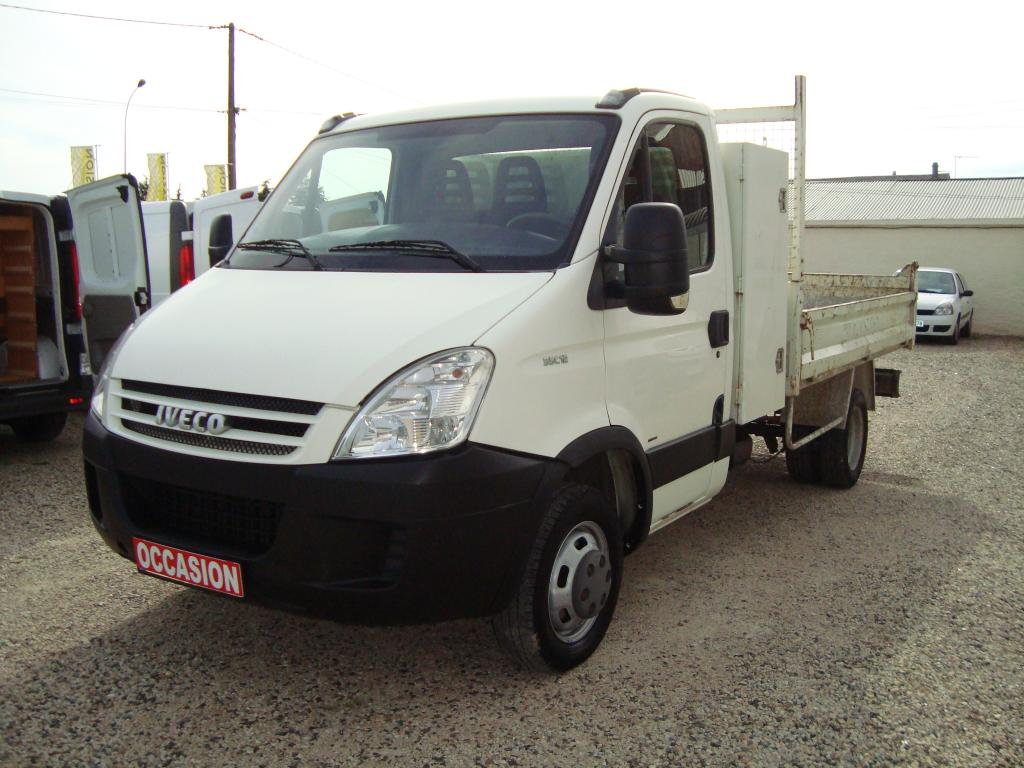 IVECO 35C12 BENNE